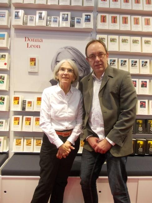 Interview mit Donna Leon über das Buch : Ewige Jugend - Podcast