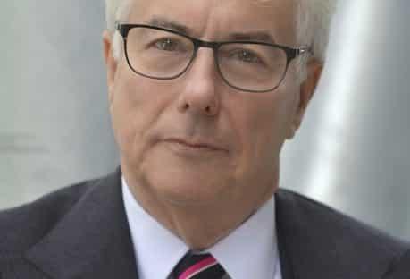 Ken-Follett-Author-Portrait-Close-Up-Credit-Olivier-Favre